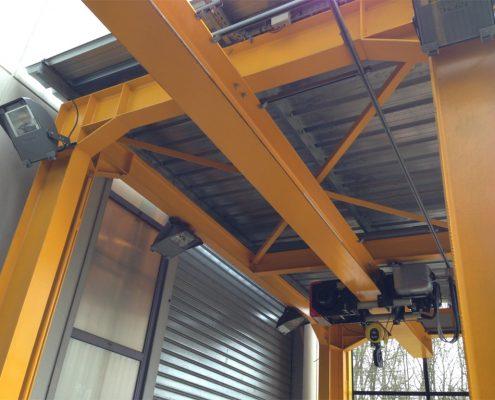 Monorail sur portique de levage déplaçable